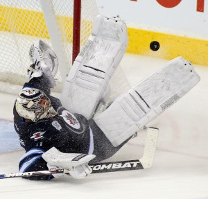 Pavelec FANTASY HOCKEY - WHAT'S THE POINT MAN?